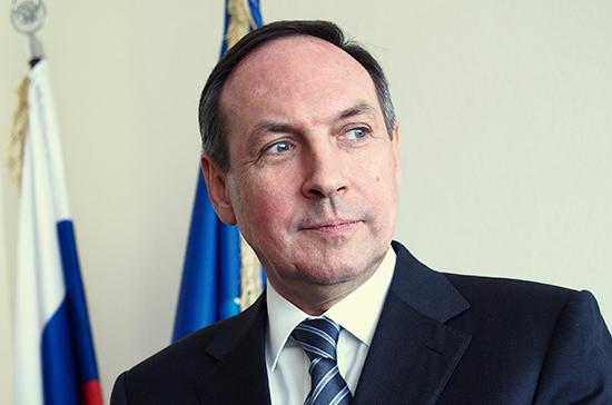 Никонов отметил активное обновление образовательной системы в России