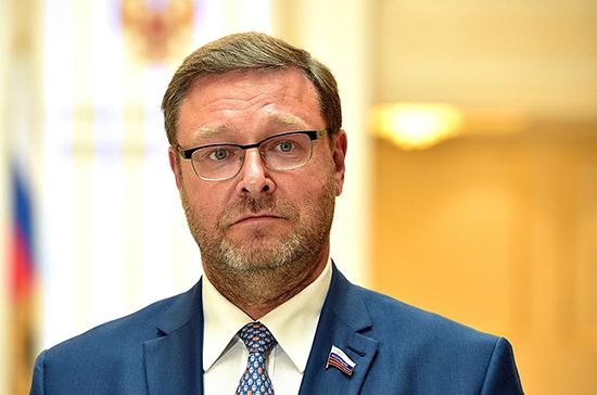 Авиаудар США по Идлибу ставит под угрозу режим прекращения огня, заявил Косачев