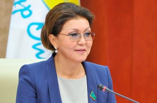 Даригу Назарбаеву переизбрали председателем сената Казахстана