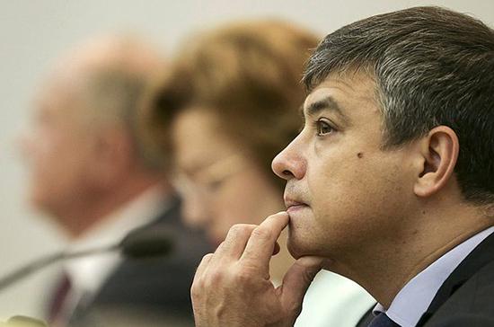 Морозов отметил роль закона о клинических рекомендациях