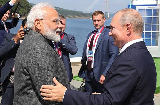 Путин и Моди призвали к диалогу по иранской ядерной сделке