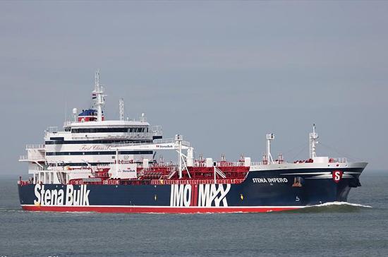 Семь моряков с задержанного танкера Stena Impero покинули Иран