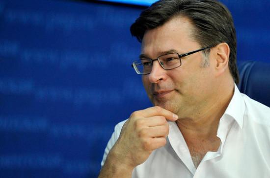 Мухин: депутатам предстоит принимать ответственные решения, от которых зависит положение регионов
