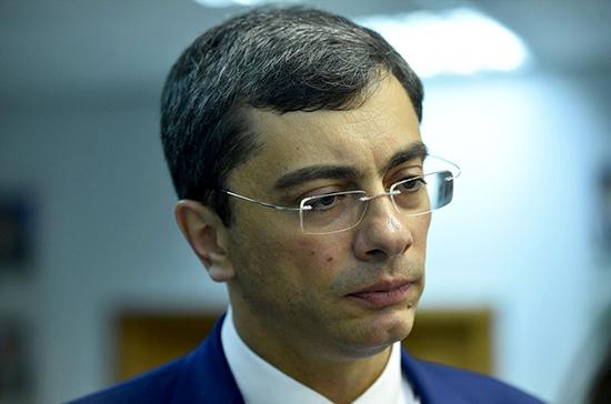 Гутенёв не видит в предложении повысить утилизационный сбор угрозы для российского авторынка