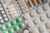 Получить незарегистрированные в России лекарства пациентам помогут законом