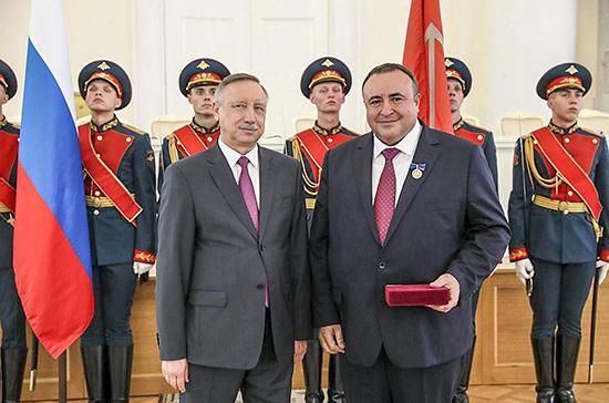 В Петербурге наградили мецената