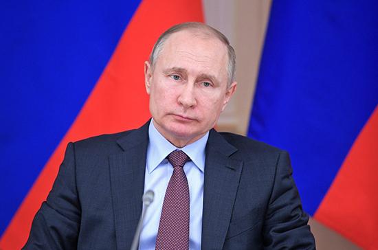 Путин поручил заложить в бюджет средства на восстановление жилья в Иркутской области