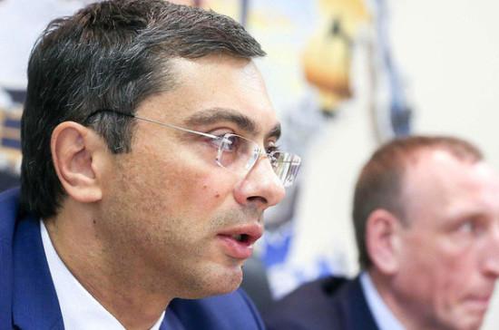 Гутенёв: в законодательство можно внести коррективы по продолжительности рабочего дня