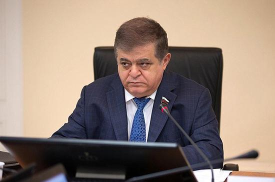 Джабаров оценил слова Турчинова о препятствии для войны с Россией
