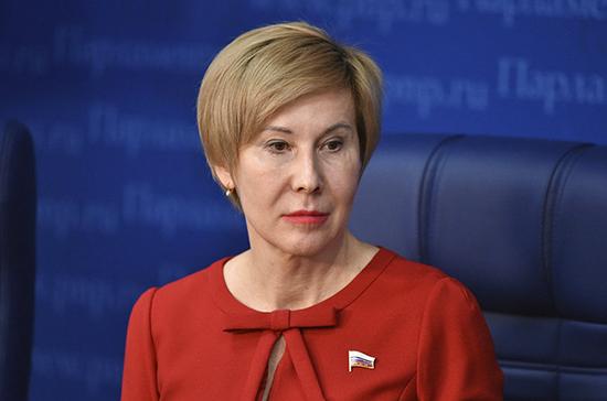 Павлова рассказала о работе над законопроектом о запрете «наливаек»