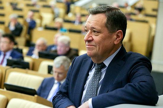Проект бюджета на 2020 год могут рассмотреть в первом чтении 24 октября, сообщил Макаров