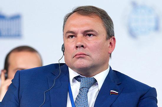 Толстой назвал тему дебатов ПАСЕ по митингам в Москве искусственной