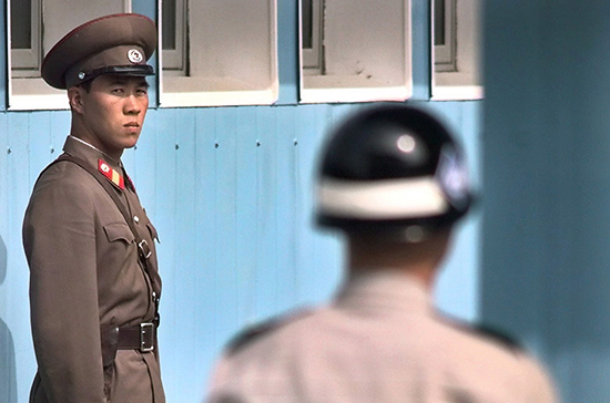 КНДР запустила две ракеты в сторону Японского моря, сообщили в Токио