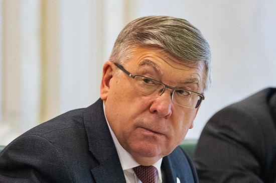 Рязанский предложил создать программу по развитию туризма для пенсионеров