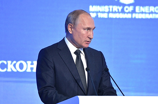 Путин пожурил журналиста за «слишком вольную» трактовку его слов