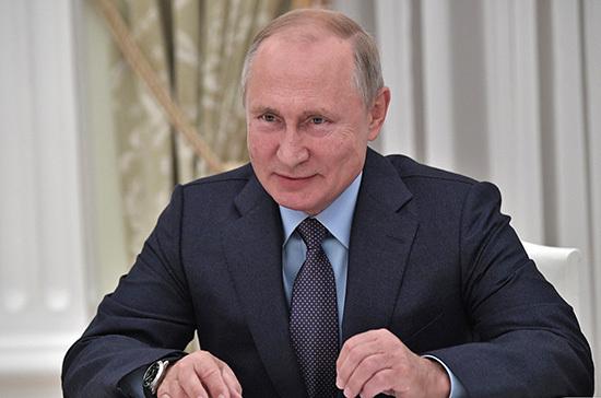 Путин поздравил коллектив Марийского театра драмы с открытием юбилейного сезона