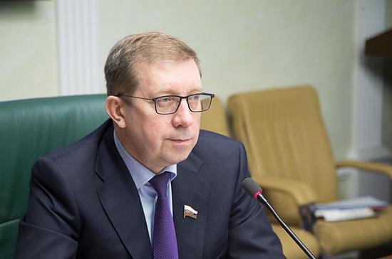 Евгений Бушмин был великим человеком и сильным политиком, заявил Майоров