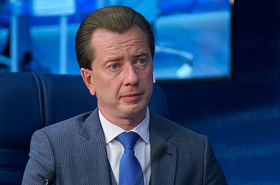 Бурматов предложил главе Минприроды отчитаться в Госдуме о ходе мусорной реформы