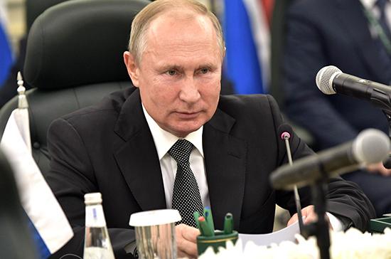 Путин: Россия и Саудовская Аравия выступили за дипломатическое урегулирование кризисов