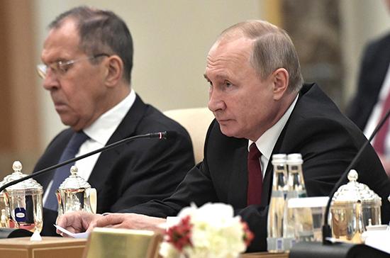 Россия готова и дальше помогать ОАЭ в космической отрасли, заявил Путин