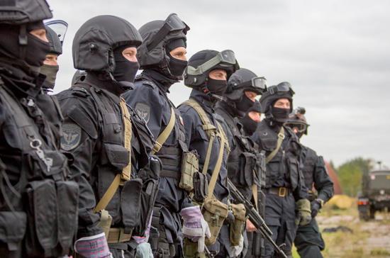 В Госдуму внесли проект об обязательной проверке служащих Росгвардии на детекторе лжи