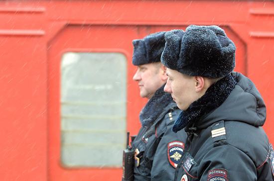 Президент подписал закон о праве полицейских объявлять предостережения