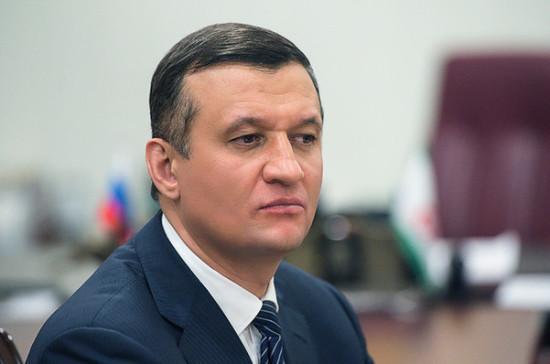 Савельев заявил о необходимости передать школьную медицину в систему здравоохранения
