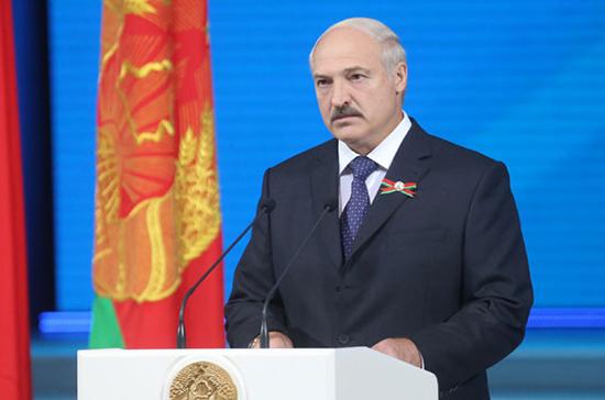 Лукашенко награждён знаком «Почётный пограничник СНГ»