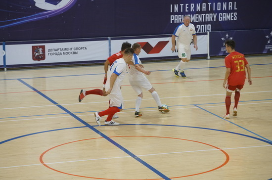 Афонский забил гол команде парламентариев из Белоруссии