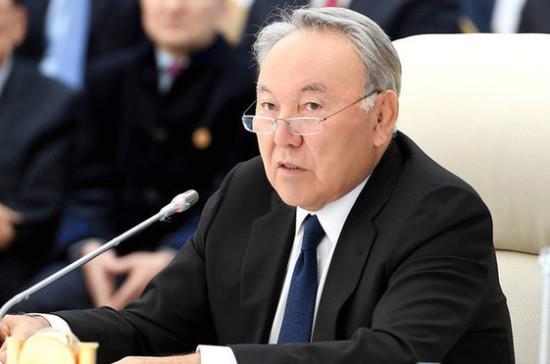 Назарбаев обсудил межпарламентские отношения с Японией