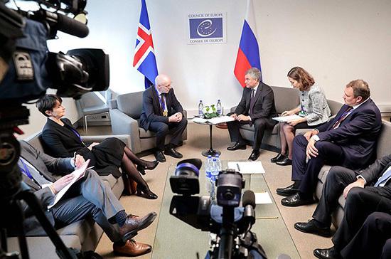 Володин пригласил спикера парламента Исландии посетить Россию