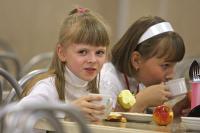 Горячая еда в школах станет обязательной