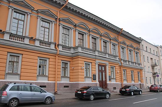 В Петербурге закончилась реставрация уникальных скульптур в особняке генерала Дурново