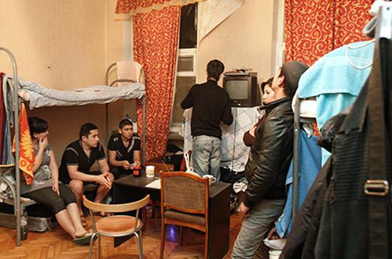 Круглый стол «Как накажут за помощь нелегальным мигрантам?»