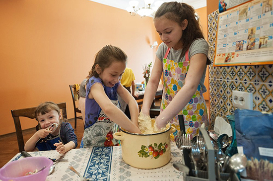 Граждан, содержащих двух и более несовершеннолетних детей, планируют поддержать