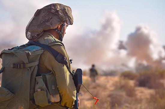 Израильский беспилотник пытались сбить в небе над Ливаном
