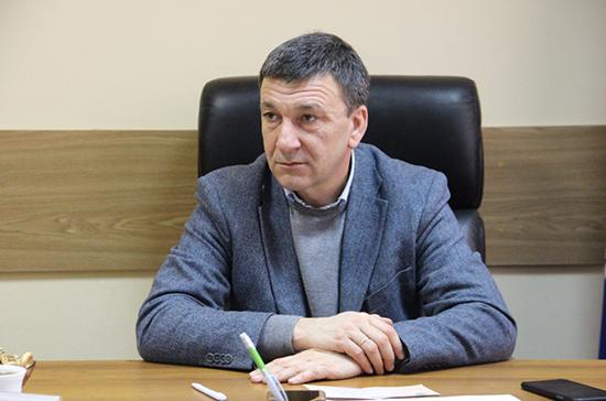 Афонский призвал обсудить с регионами идею ограничения числа машин в свадебных кортежах