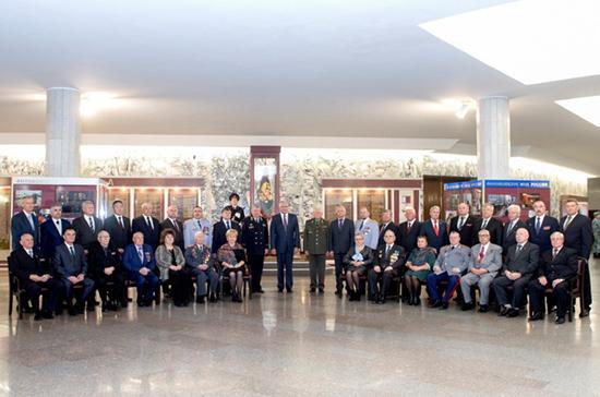 Глава МВД поблагодарил ветеранов службы за многолетний труд