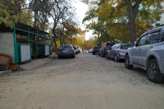 На Советской улице в Севастополе восстановили историческую брусчатку