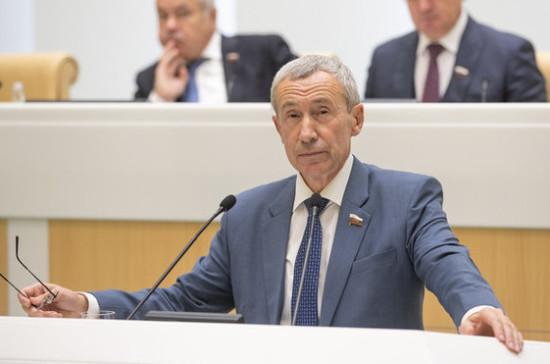 В Совете Федерации поддержали предложение признавать иноагентами физлиц
