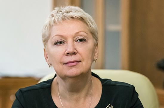 Васильева сообщила о нехватке в школах молодых учителей