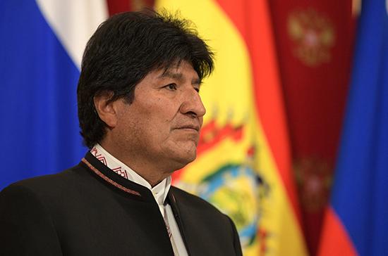 Моралес может снова возглавить Боливию, считает политолог