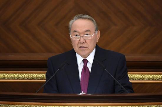 Назарбаев предложил президентам России и Украины встретиться в Казахстане