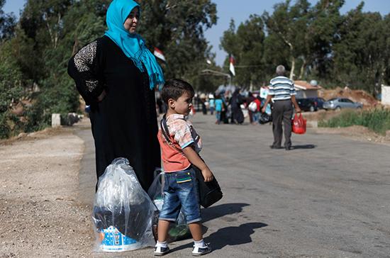 Российские военные провели гуманитарную акцию на юго-западе Сирии