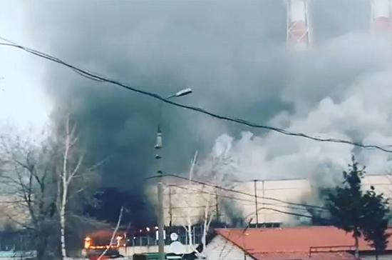 В Москве произошёл крупный пожар на складе газового оборудования