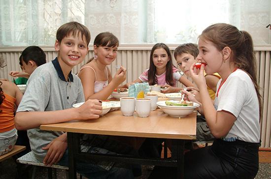 Володин: регионы получат помощь для организации горячего питания в школах