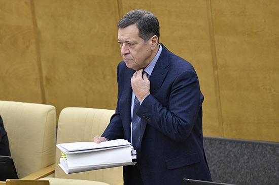 Макаров сообщил, что к проекту федерального бюджета поступило 611 поправок