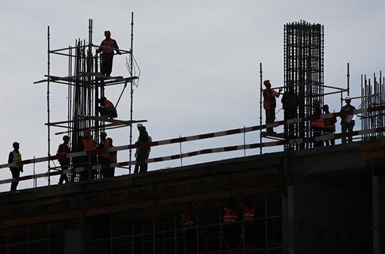 Жуков: на строительство жилья для детей-сирот в 2020 году могут выделить дополнительные деньги