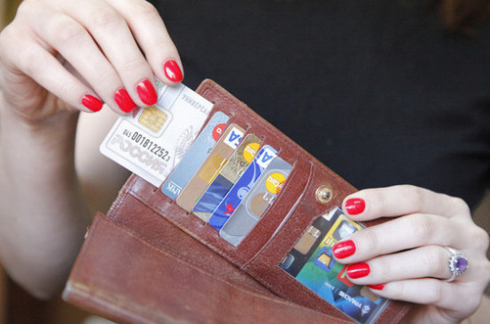 В России увеличилась доля безналичных платежей