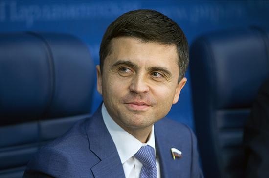 Депутат отреагировал на претензии Киева о «пропавшей» технике с кораблей
